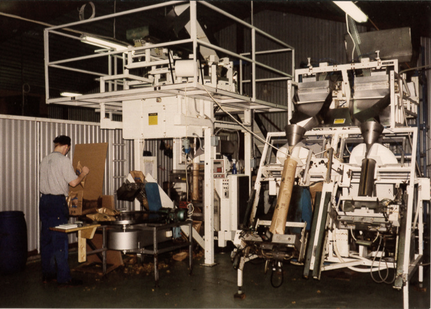 These are the packaging machines in Ed in Dalsland. Christer was one of our first employees.